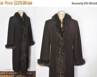 25% OFF Brown Fox Fur Lambs Wool Coat / Marvin Richards / Small