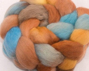 Hand dyed Corriedale roving, hand painted  tops, roving, spinning fibre, fiber, spinning wool, felt, Sierra