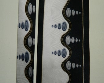 """62"""" by 4"""" 90s Designer Ottimo Uomo Silk Tie Waves Ovals Black Silver Ivory Excellent Art Deco Designer Italy Hand Made Big and Tall Tie"""