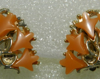 60S Orange Apricot Thermoset Lucite Tulip Earrings Clip Earring Botanical Flowers Leaves