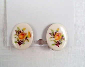 Beautiful Floral Oval  Clip On Vintage Earrings