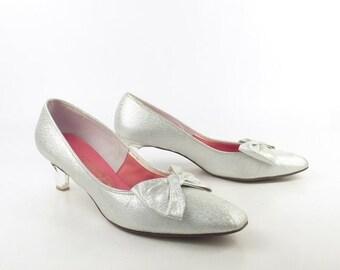 Silver Plastic Clear Heels Vintage 1950s Viva Americana  Metallic Women's size 8 B / AA