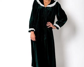 35% OFF SPRING SALE The Vintage Dark Green Velour Choir Christmas Dress