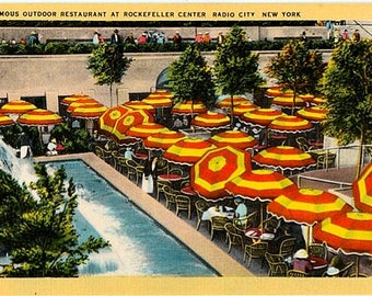 Vintage New York City Postcard - Outdoor Dining at Rockefeller Center (Unused)