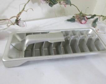 Ice Cube Tray Aluminum Quickube