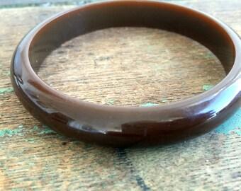 Vintage Bakelite Bangle Bracelet Dark Brown Chocolate Brown
