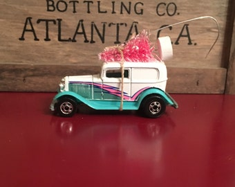 Model A Ford Carrying PINK Christmas Tree Ornament