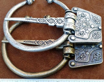 Fibula Antique Silver or Antique Brass Plated