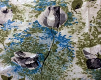 """1950s Cotton Feedsack Fabric Silver Roses w Turquoise Blue and Olive Green 36"""" x 37"""" Mid Century Atomic Era"""