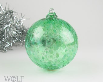 Blown Glass Christmas Ornament Suncatcher Emerald Green Ice Bauble Ornament