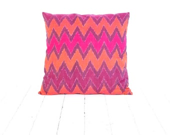 "Ikat, Cotton, Hand Woven, 18"" x 18"" , 46 cm x 46 cm, Zip Enclosure, Orange, Pink"