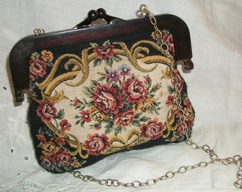 1940s Tapestry Floral Purse Long Chain Lucite Upper Closure Art Bag Co made in Hong Kong
