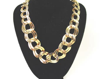 Vintage Napier Classic Large Flat Double Link Necklace Gold Plate Tone French Couture Impeccable High End Bridal Art Deco Modern Statement