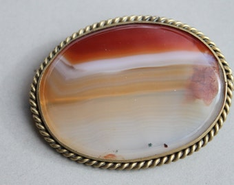 Large Victorian Banded Agate Brooch / Scottish Agate Pebble Specimen Broch
