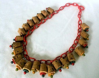 Bakelite Chain Cork Collar Necklace - Czech Wood Flowers Beads 1940s