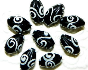 Black and White Glass Lampwork Beads -  10 Pieces  Lot