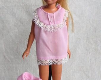 Barbie vintage Skipper robe and nightie set, Best Buy #8612 1972
