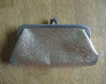 Vintage Metallic Gold Clamshell Coin Purse - Fancy Change Pouch