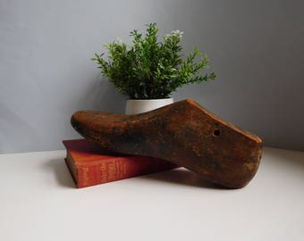 Vintage wood shoe form Cobblers wooden shoe mold Wood shoe last