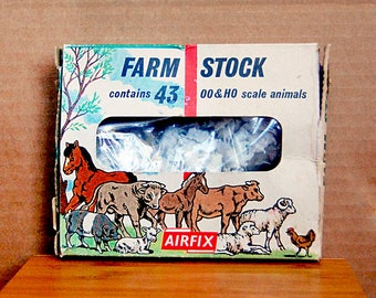 Vintage Lot Miniature Farm Animals Instant Collection Mini Railway Train Plastic Figurines