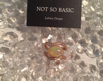 Opal Rosegold White Sapphire Ring