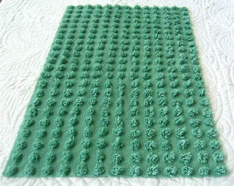 """Christmas Green 3/4"""" Fluffy Soft Pops Vintage Chenille Bedspread Fabric 14"""" x 23"""""""