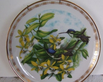 The Hamilton Collection The Jeweled Hummingbirds Plate, Andean Emerald Hummingbirds by J.F. Landenberoer, Dated 1988 Limited 14 Firing Days