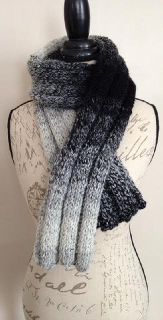 Black and White RIb Knit Wool Scarf