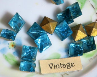 Loose Rhinestones, Vintage Square stones,Aquamarine stones,8mm stones,Wholesale Germany Aqua Foiled Back NOS (1078D)