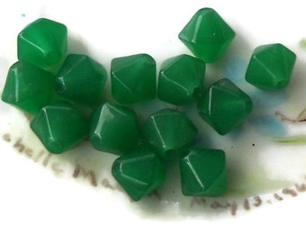 Vintage Glass Beads Green Artsy Bicone Green Gorgeous NOS Japan Rare 8mm. #584A