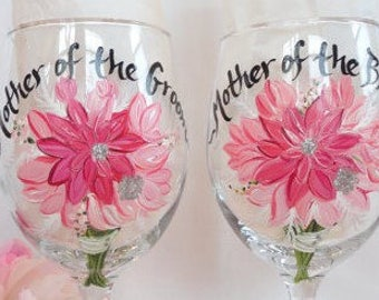 Hand Painted Bridesmaid Wine Glasses - Bridal Party Wine Glasses - Bridal Party Glassware for Mother of the Bride & Groom