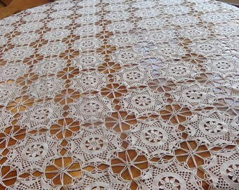 Vintage HAND CROCHETED Lacy Tablecloth Wedding Holiday Amazing Work