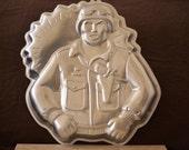GI Joe Cake Pan/Wilton Hasbro Soldier Cake Mold/Welcome Home to a Service Member Cake Mold/1986
