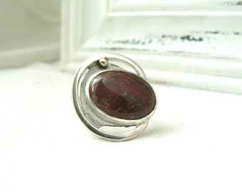 Sterling Silver Ring with an Oval Brecciated Jasper Gemstone - Jewelry 925 - Size 8