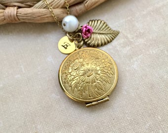 Ornate Locket Necklace, Initial Necklace, Best friend Gift, Floral Locket, Gift Ideas, Handmade Necklace, Bridesmaid Gift, Leaf Necklace