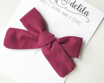 Wine fabric tied alligator clip bow