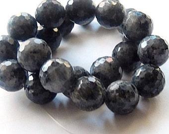 Labradorite Gemstone. Semi Precious Gemstone Bead. Faceted Labradorite Rounds, 15.5mm 6 pcs