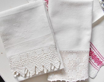 Vintage Linen Towels Pair Ivory Crochet Trim Coordinating