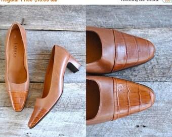 25% off sale - RALPH LAUREN Heels  Sz 8  //   90s Pumps Size 38.5   //  Caramel Toffee