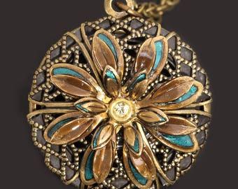 Compass Locket Necklace Flower Locket Daisy Necklace