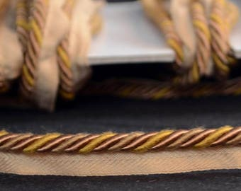 "1/4"" Toffee Brown Gold Lip Cord Trim"