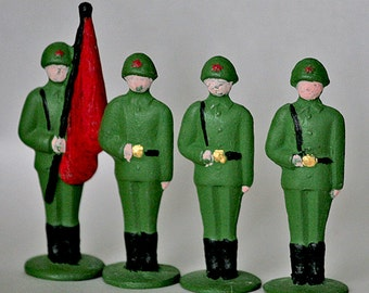 Vintage Russian Toy Soldiers - Tin Soldier - Set of 10 - 1960s - from Russia / Soviet Union / USSR