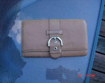 Vintage Caramel Tan Talbots Leather Wallet