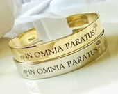 Sale Regularly 28.50 Gilmore Girls Inspired Bracelet . IN OMNIA PARATUS - Ready For Anything .  Hand Stamped Metal Bracelet . Stars Hollow