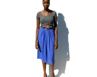 SALE!!!!!!!!! Periwinkle knit midi skirt with swoop pockets and elastic waist 1990s 90s VINTAGE