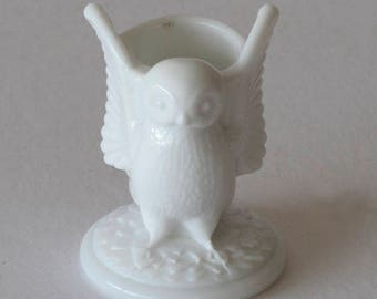 Westmoreland Milk Glass Owl Toothpick Holder
