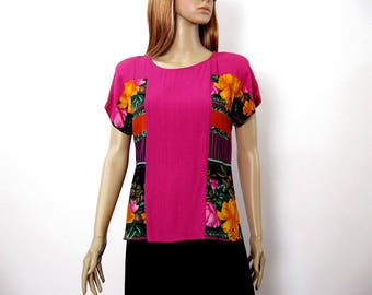Vintage 1980s Blouse Fuchsia Floral Color Block Pullover Top / Extra Small