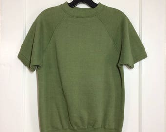 1970's Olive Green short sleeve sweatshirt size Medium 19x22.5 beatnik artist boho hippie grunge Sears Men's Store blank plain
