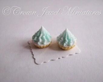 1:12 Two Vanilla Tarts With Ice Blue Frosting by IGMA Artisan Robin Brady-Boxwell - Crown Jewel Miniatures