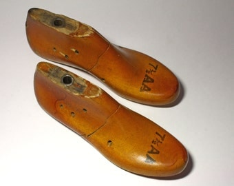 Vintage Pair of Ladie's Wooden Shoe Forms - circa 1940's